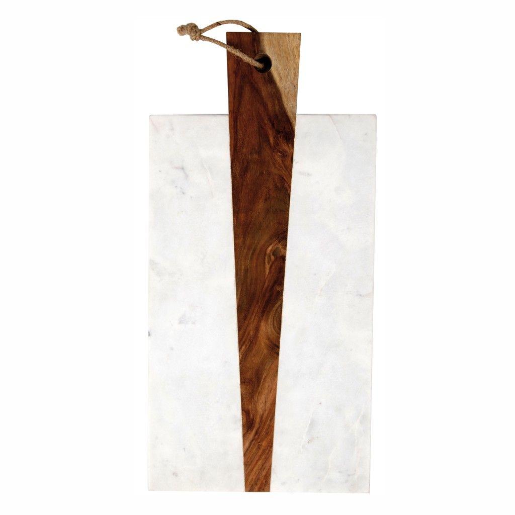 Une planche en bois et marbre