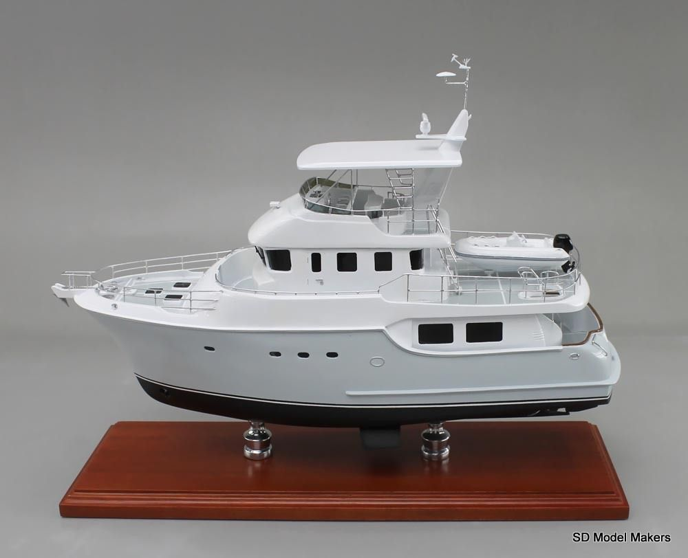 18 inch nordhavn 55 desktop replica model if you can take a photo
