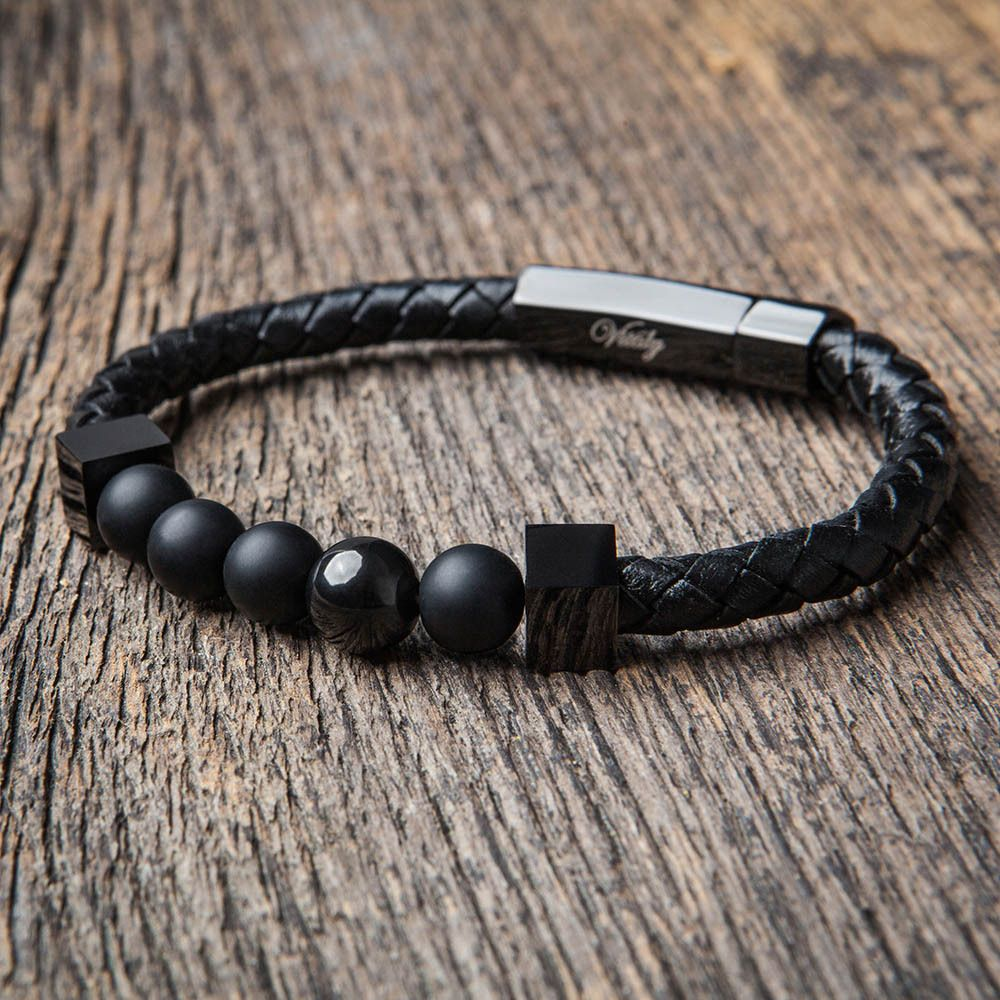 Obsessed with this bracelet engineered and designed to perfection