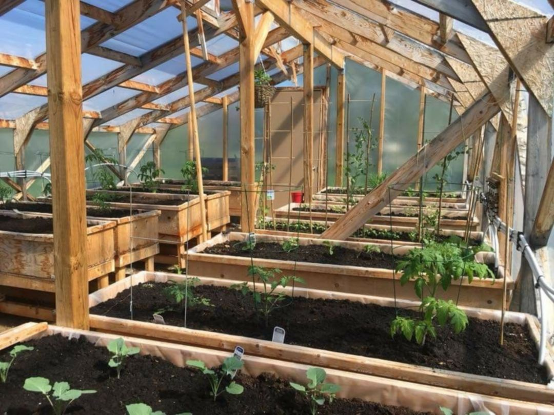 Best 13 Gorgeous Greenhouse Interior Design Ideas In 2020 Diy Greenhouse Plans Greenhouse Interiors Greenhouse