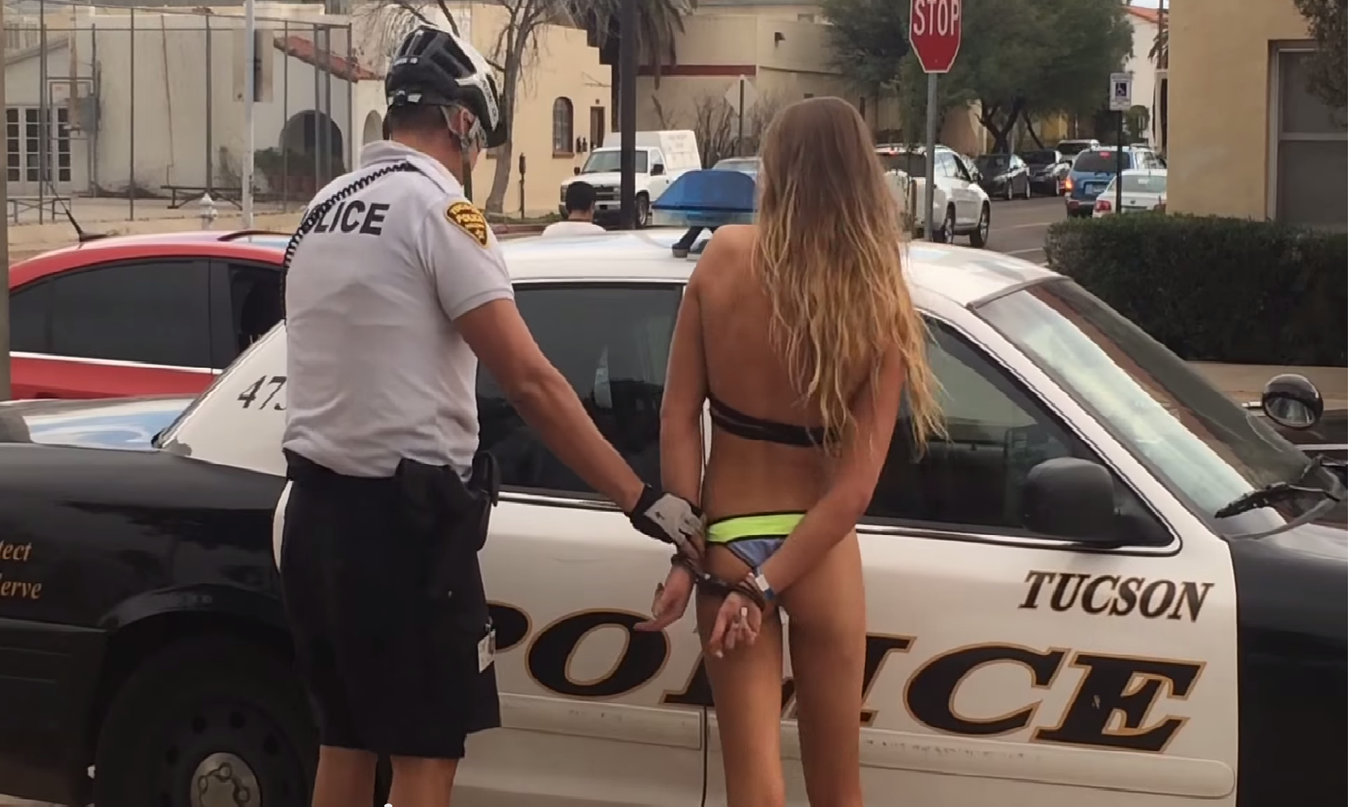 Sexy girls arrested — pic 8