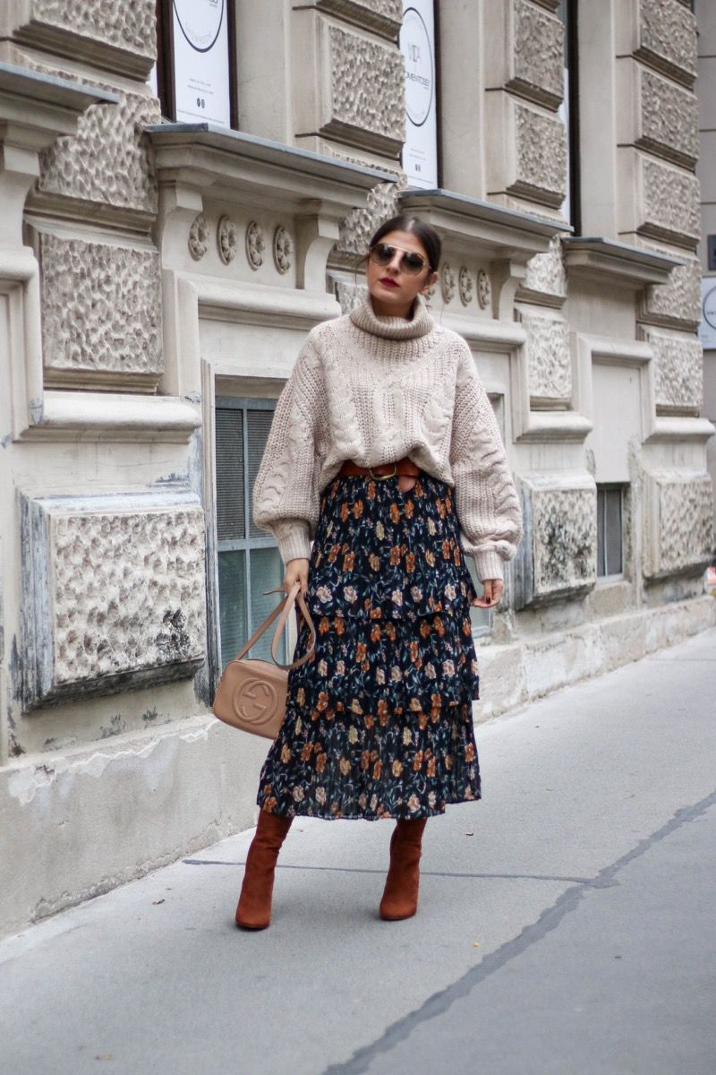 Photo of Suede Sock Boots & Floral Midi Skirt – Fashionnes