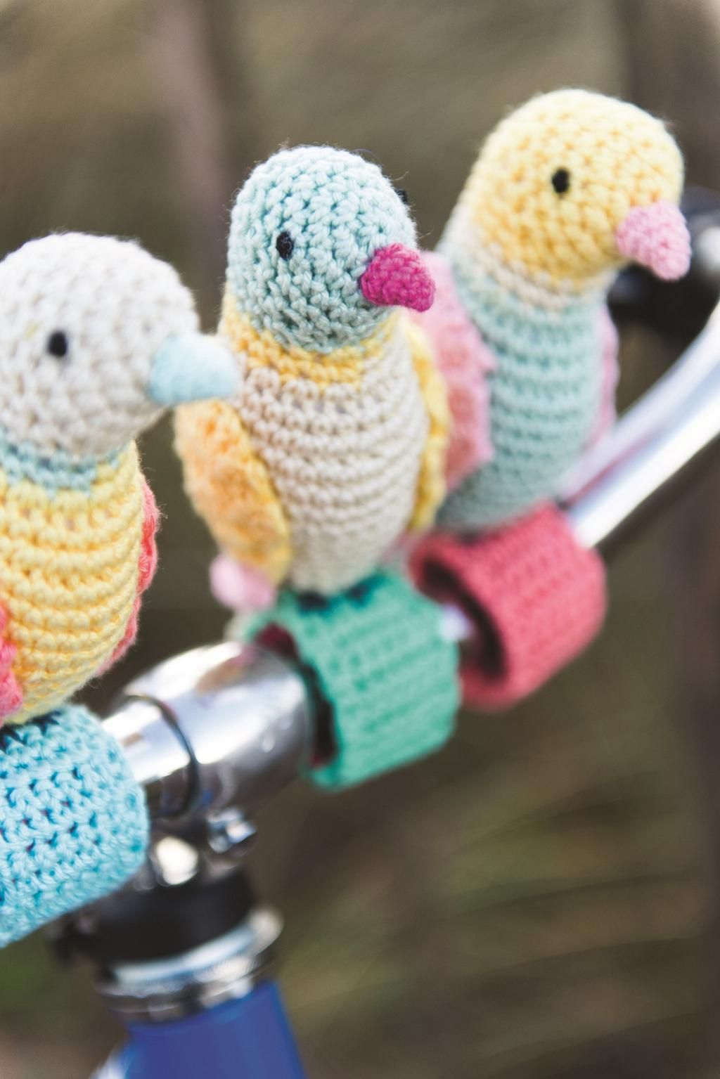 'Tweet' yourself to new book Craft Bomb Your Bike!   http://www.amazon.co.uk/Craft-Bomb-Your-Bike-Makes/dp/1446304809