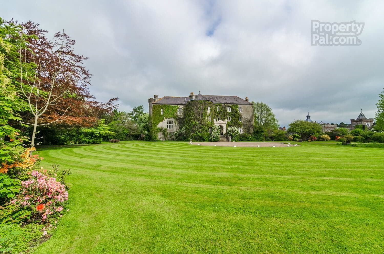Castle Upton, Antrim Road, Templepatrick Castle, Outdoor