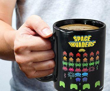 Space Invaders Heat Changing Mug | Mugs, Space invaders ...