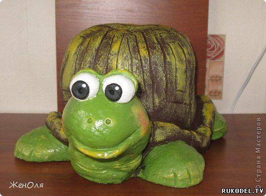 """Садовая поделка """"Черепаха"""" своими руками, покраска ..."""