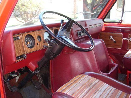 1975 Chevrolet G20 Beauville Extended Passenger Van 3 Door 5 7l Us 7 900 00 Image 2 Chevrolet Van Chevy Van Gmc Vans