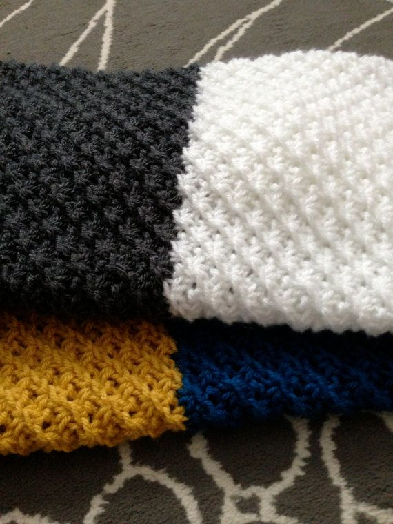 Hand Knit Baby Blanket Daisy Stitch Charcoal Gray White Sapphire