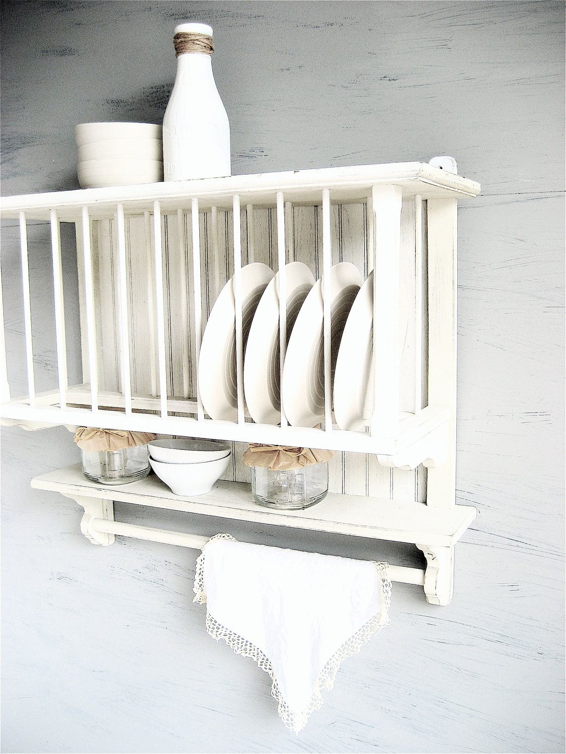 Vintage Plate Wall Rack. $165.00 via Etsy. & Vintage Plate Wall Rack. $165.00 via Etsy. | home stuff | Pinterest ...