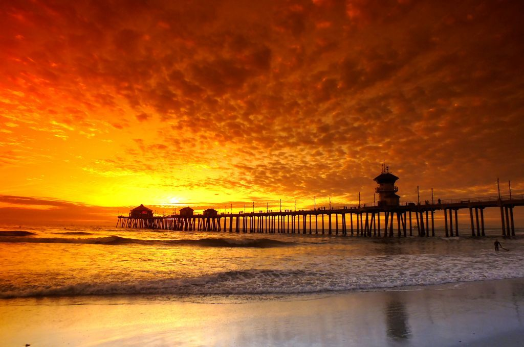 California Sunset Huntington Beach Pier Sunset Beach Photo Ocean Photo Photography Fliiby Im Magical Photography Huntington Beach Pier Amazing Photography