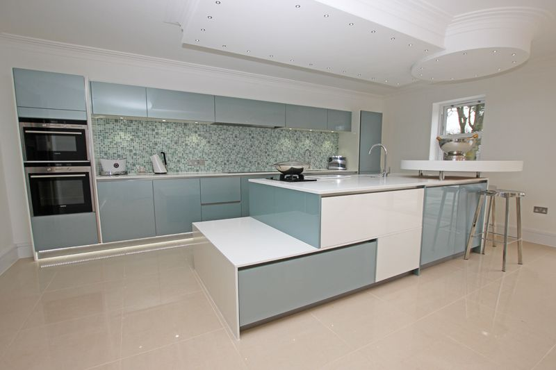 The Versatility Of Gloss Blue Kitchen Door Is Such That It Works Well In Combination With Darker Colours As Grey Anthracite But Also