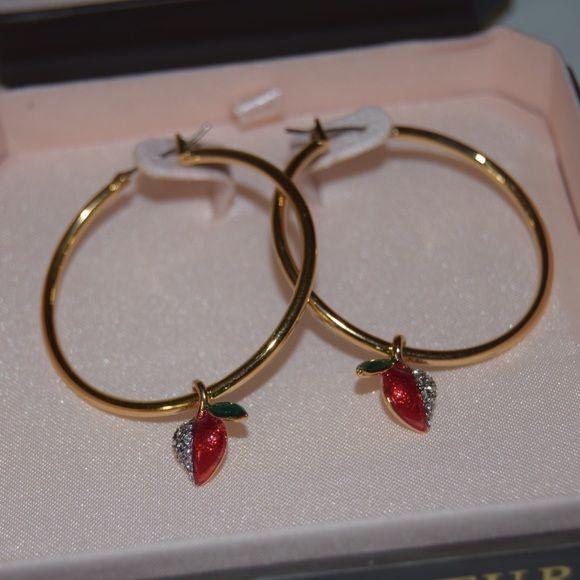 Juicy Couture Cherry Heart Drop Hoop Earrings Beautiful Never Worn Gold