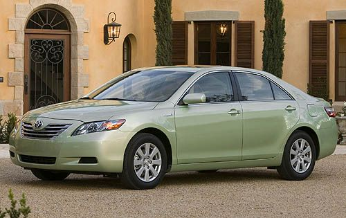 I Ve Fallen In Love With The Light Green Toyota Camry Sy But Sleek And Slightly Female