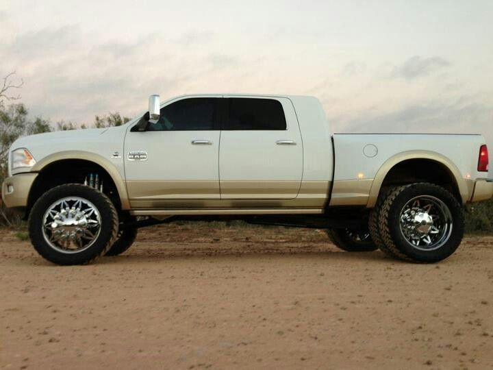 D B A Bcbe B D Eeca on Lifted Silver Dodge Ram