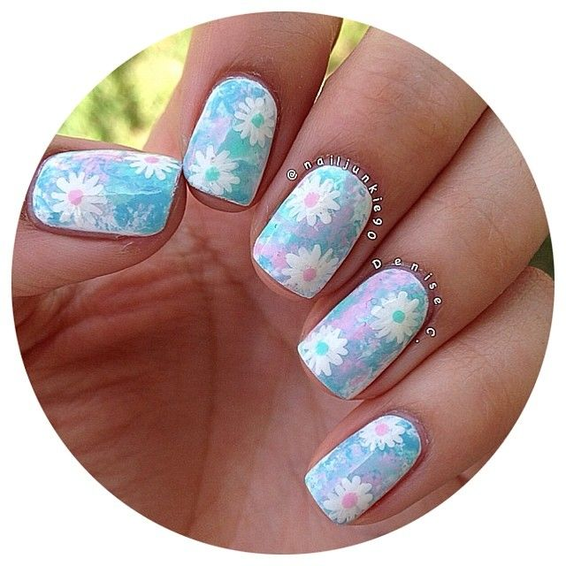 Daisy Nails I D Do Just The One Accent Nail But I Love The Colors Nails Nails Daisy