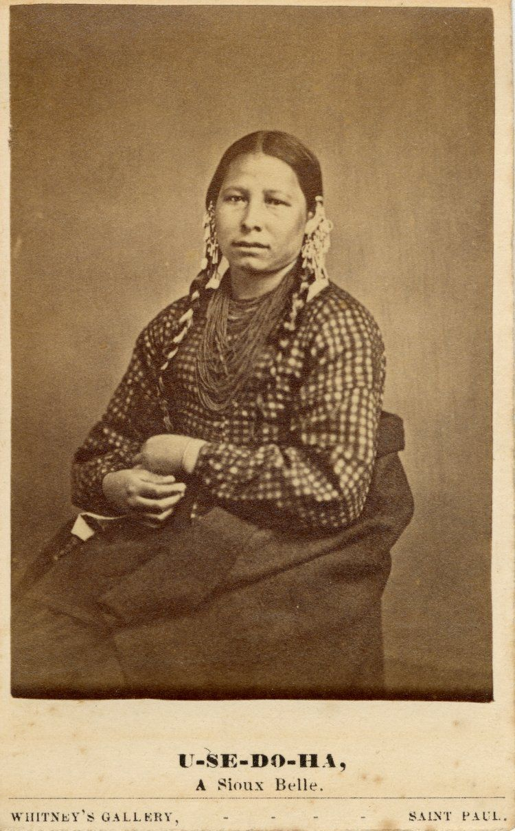 Photograph Studio Portrait Of A Sioux Female U SE DO HA Wearing Blouse Hair Ornament And Necklaces Albumen Print Carte De Visite