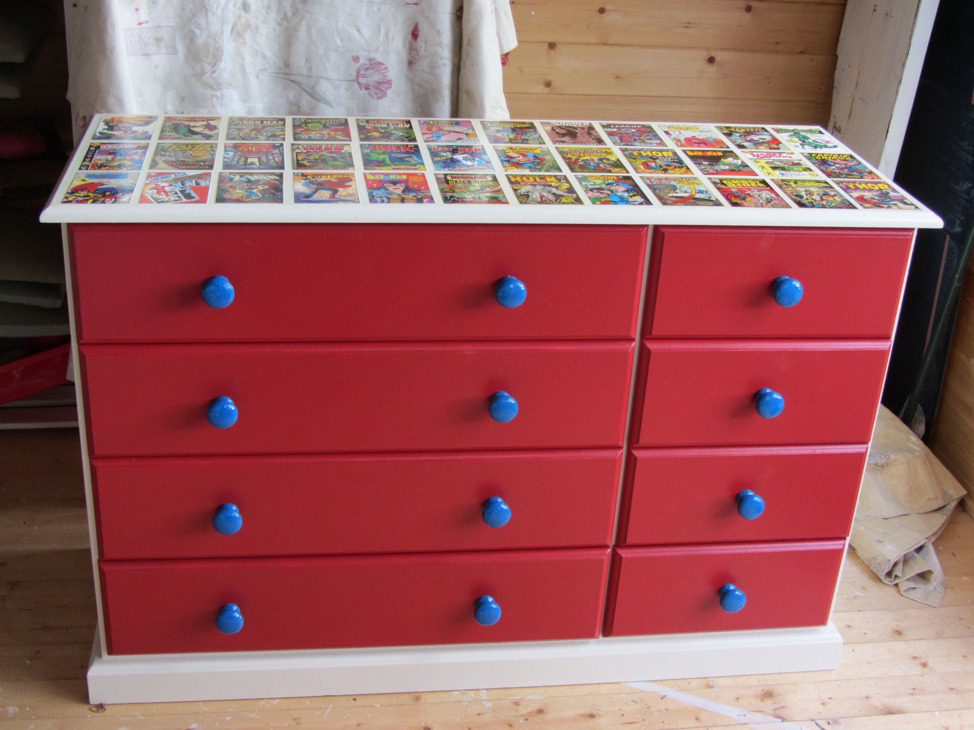 Super hero chest of drawers<3