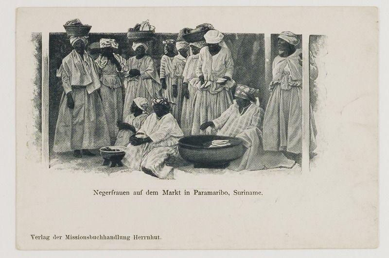 File:KITLV - 41600 - Creole women on a market in Paramaribo - circa 1900.tif