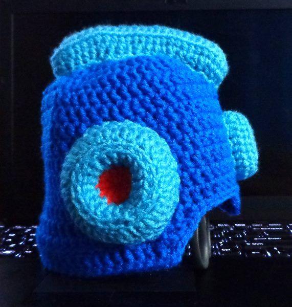 Megaman Crochet Hat Httpsetsyshopba11sofyarn Balls