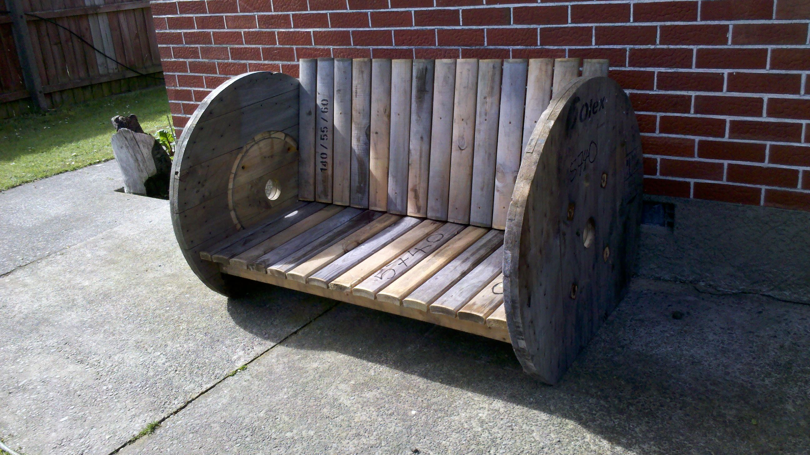 Outdoor seat built from an upcycled cable drum | Cable Reels ...