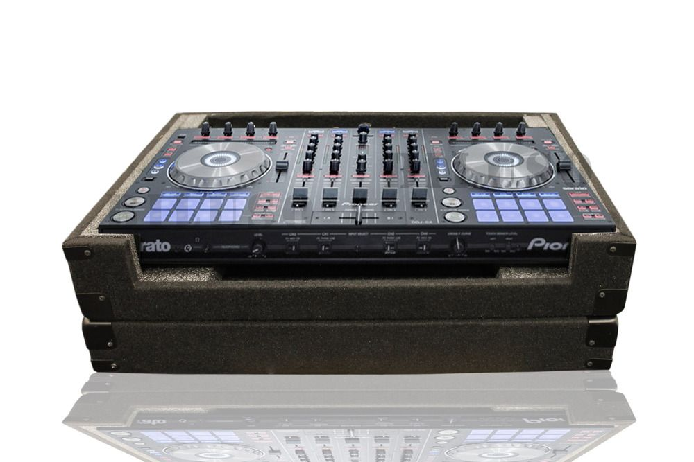Custom Carpeted Case Made To Accommodate The Popular Large Format Dj Controllers Such As The Pioneer 4 Channel Ddj Sx Serato Controll Custom Carpet Case Carpet