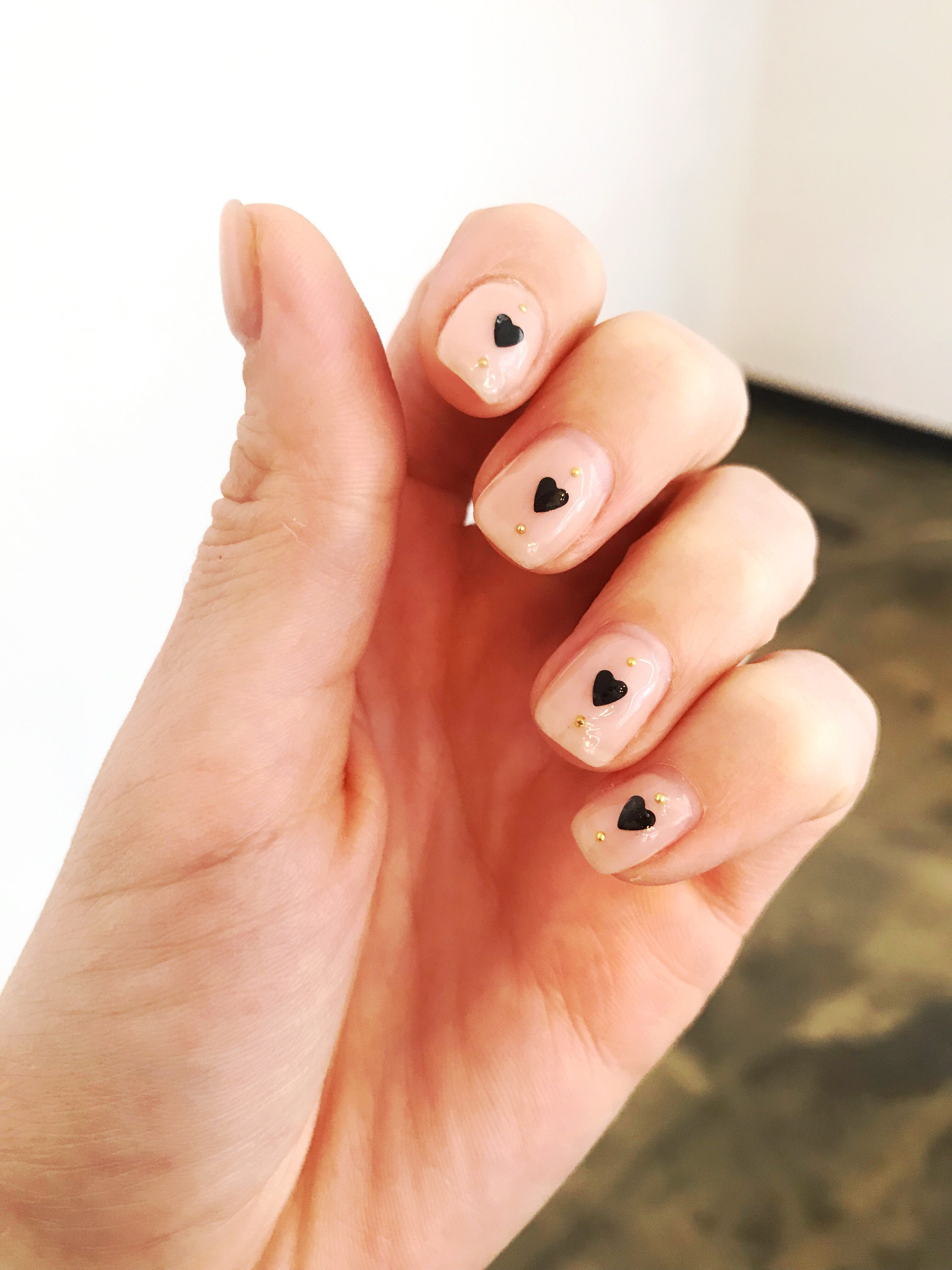 Clean And Simple Korean Manicure Koreannailart Hearts Nail Art Koreannaildesign Naildesign Nailart Simple Min Heart Nails Heart Nail Art Korean Nail Art