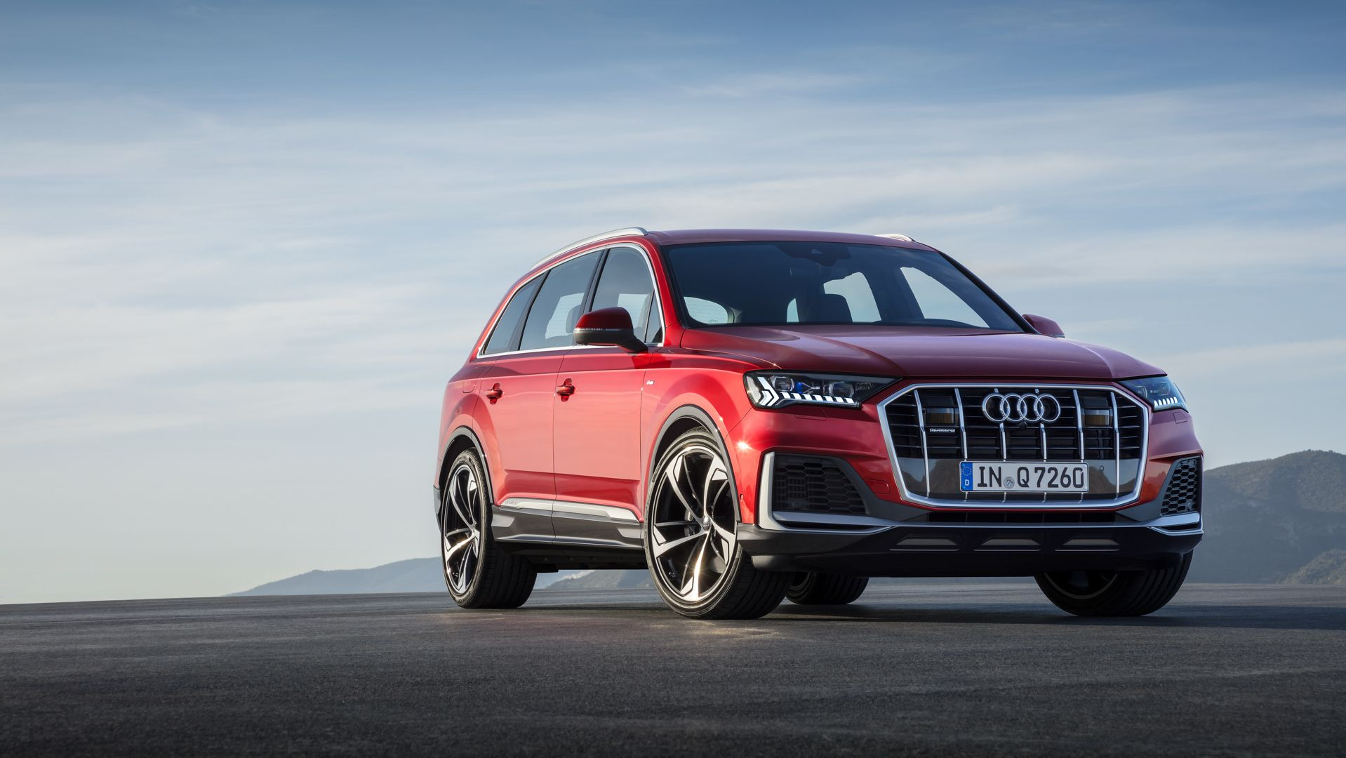 New Audi Q7 Gets The Same Active Roll Stabilization As Lamborghini Urus Audi Q7 New Audi Q7 Audi