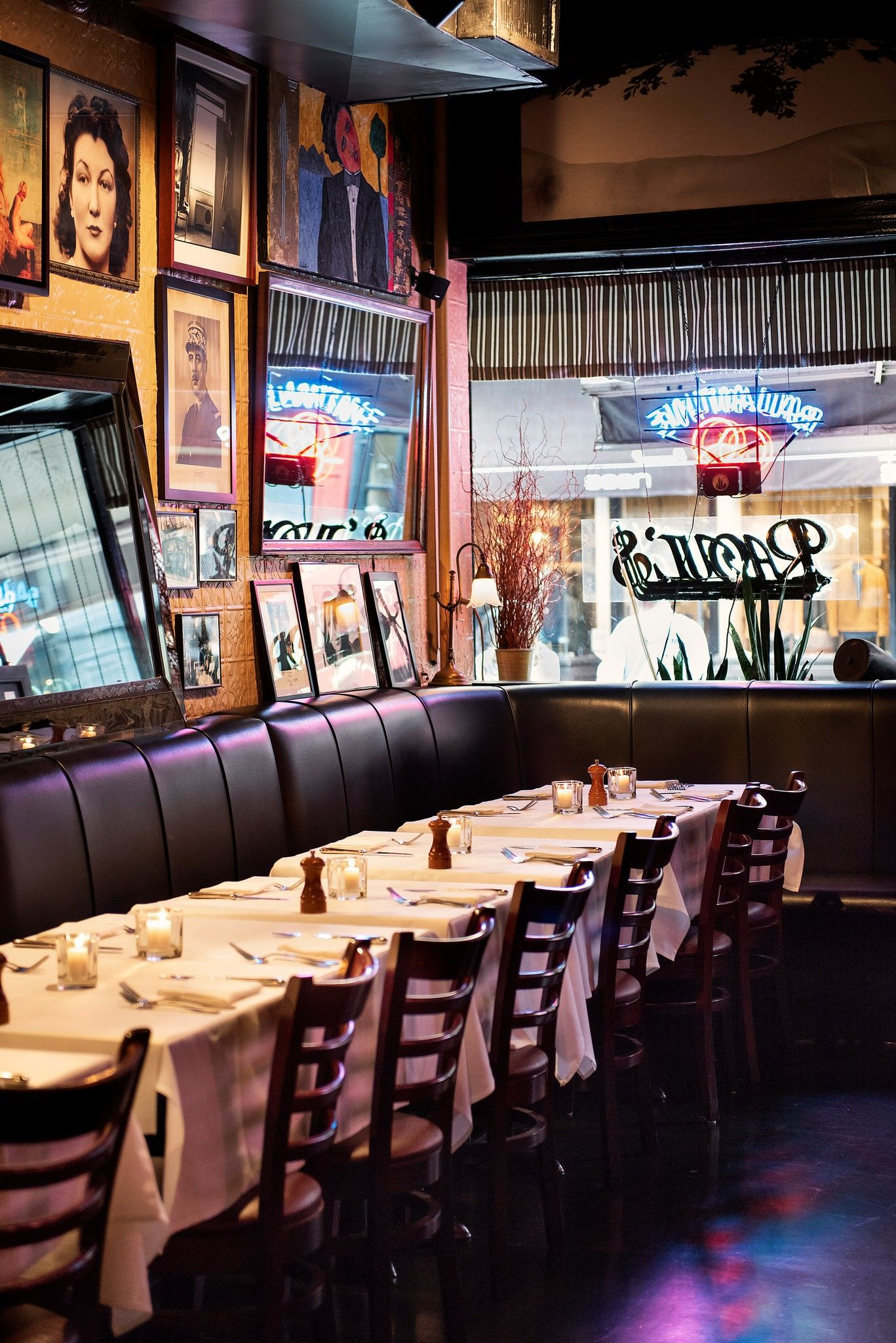 The New York Restaurant Where (Almost) Nothing Has Changed