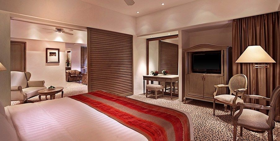 Luxury Accommodations And Rooms Singapore Four Seasons Singapore