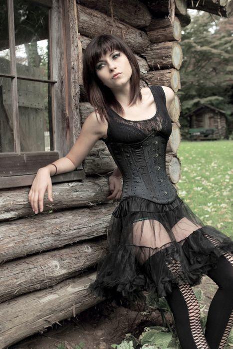 Emo, Scene & Goth Girls   Goth girls, Gothic fashion