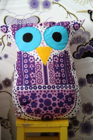 Koti 3:lle - Vintage cotton / handmade owl billow