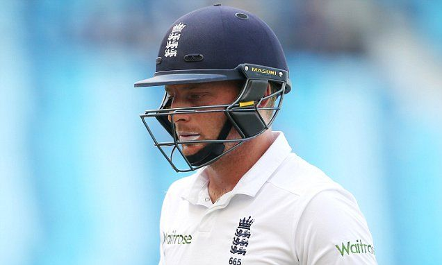 England to hope Buttler swims rather than sinks in third India Test