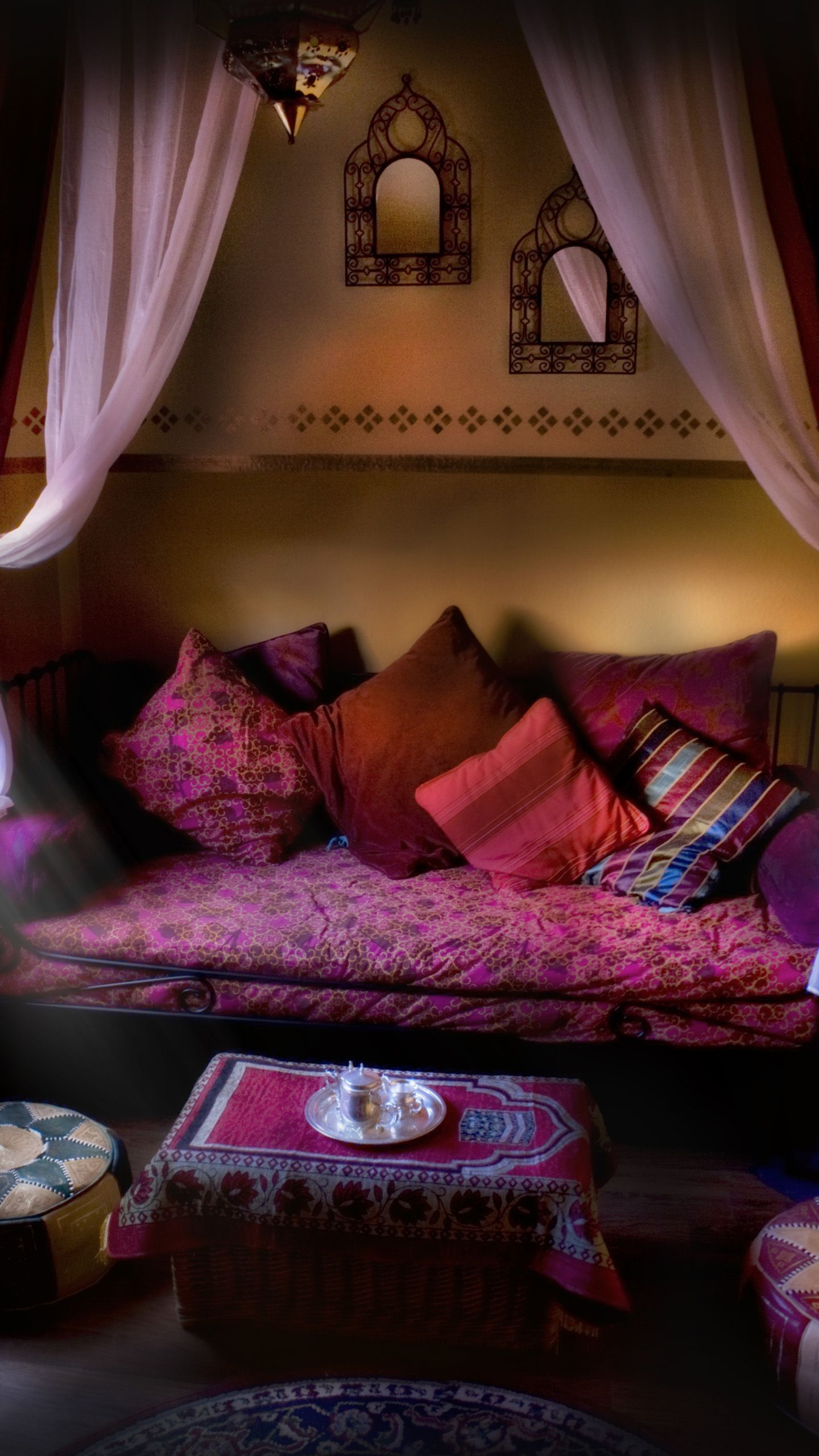 Exotic moroccan bedroom decorating light and deep purple colors - Boho Decor Bliss Bright Gypsy Color Hippie Bohemian Mixed Pattern Home Decorating Ideas Purple Mix