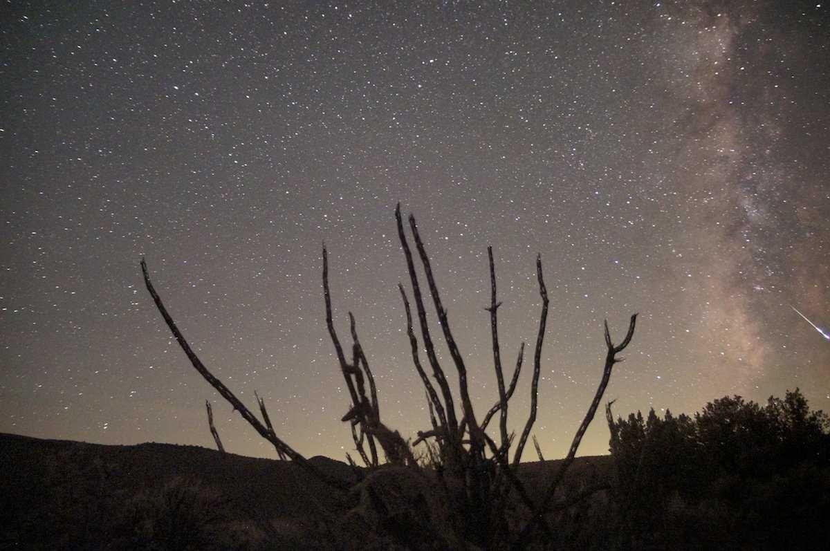 13 впечатляющих метеорных потоков, которые просто нельзя ...