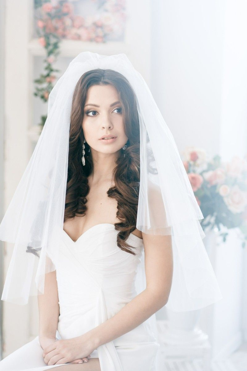 Open wedding hairstyle for long hair, Veil | Wedding Tips ...