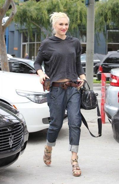 Μόνο η Gwen Stefani μπορεί να φοράει κοντά τζιν boyfriend και να είναι σέξι [εικόνες]   iefimerida.gr