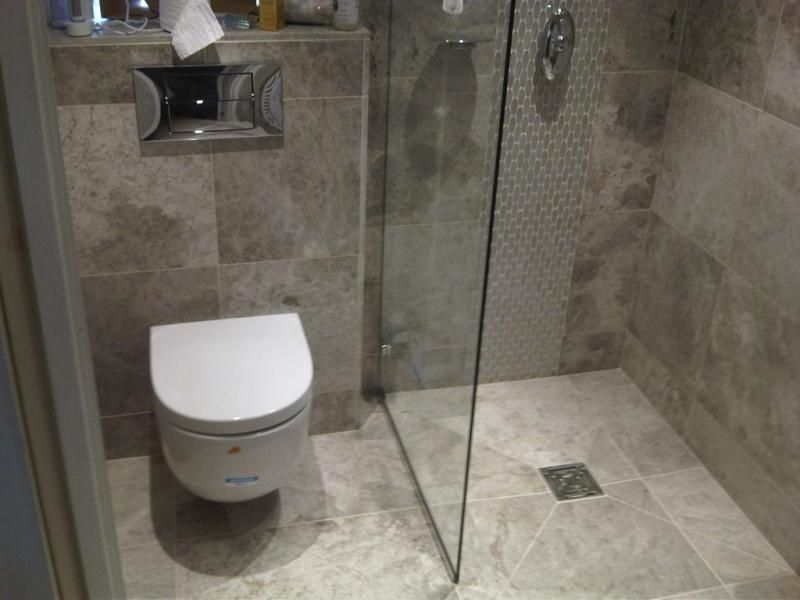 Small bathroom design wet room wet room designs wet for Small toilet and bath design