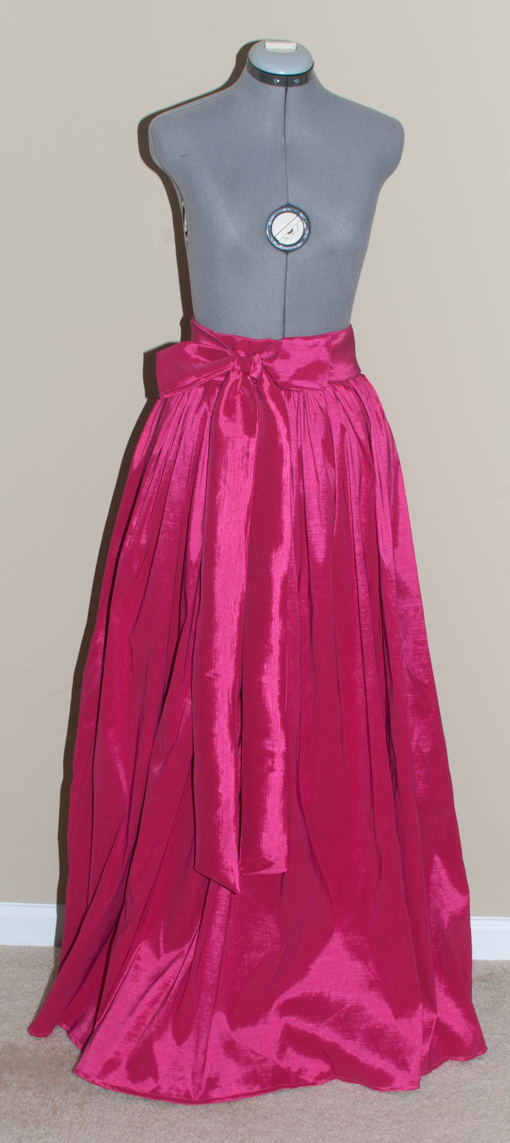 The Ball Gown Skirt DIY: Taffeta Maxi Skirt | sewing projects ...