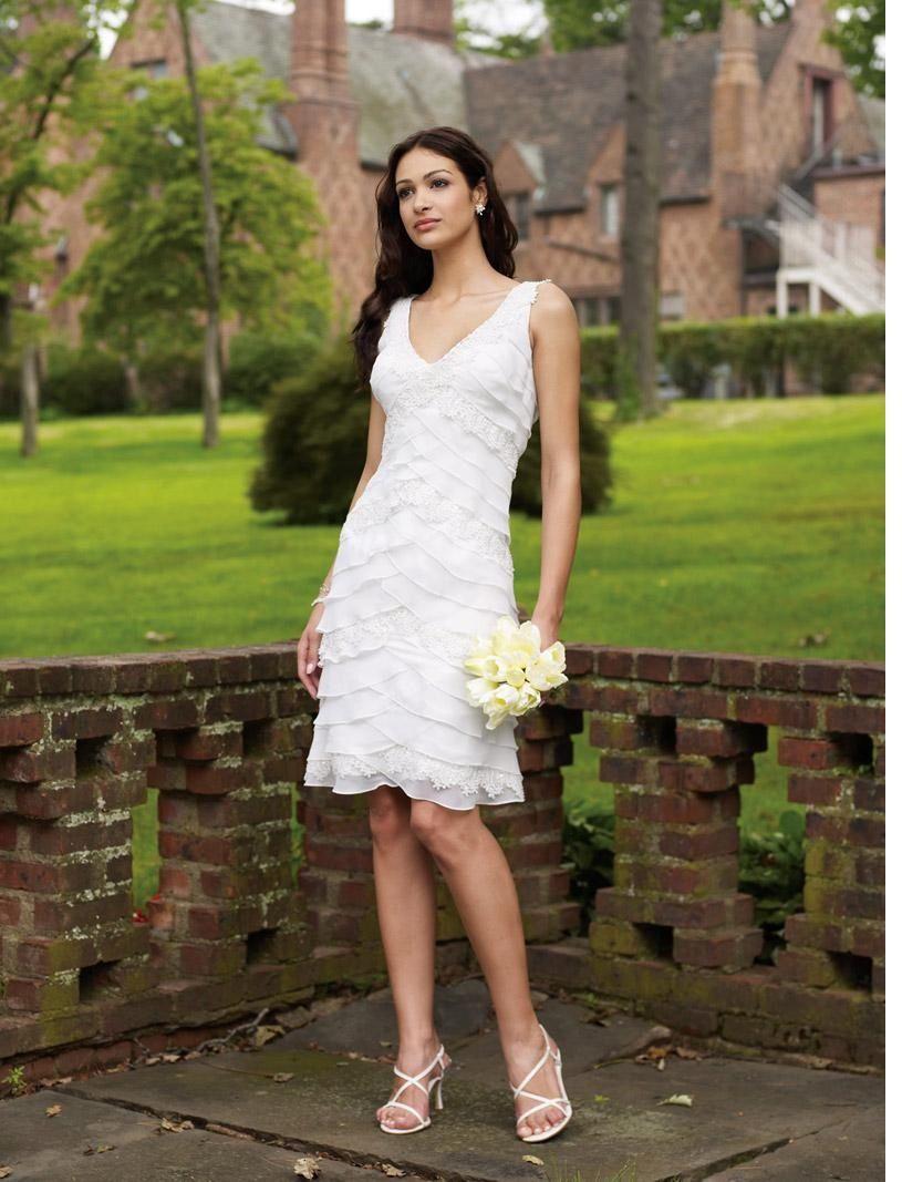 1000  images about Wedding dresses on Pinterest  Wedding dresses ...