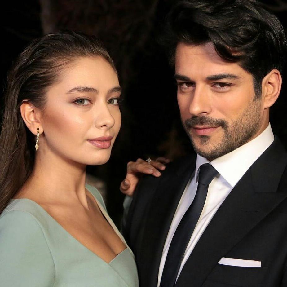 Burak özçivit And Neslihan Atagül As Kemal And Nihan In Kara Sevda Actresses Kara Actors
