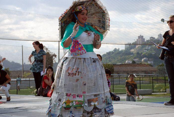 trajes de fantasia con material reciclable faciles de hacer ...