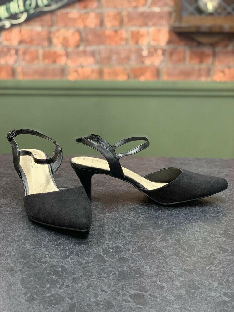 Black New Look Kitten Heel Pointed Toe Ankle Strap Shoes Size 5 Kitten Heels From Ebay Uk Kittenheels Heels Ankle Strap Shoes Kitten Heels New Look Heels