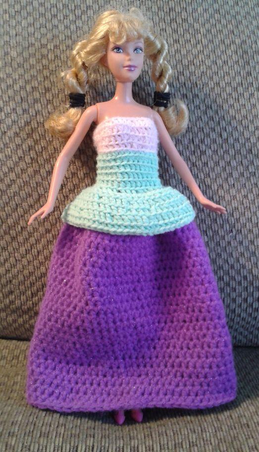 Crochet Barbie ball gown free pattern
