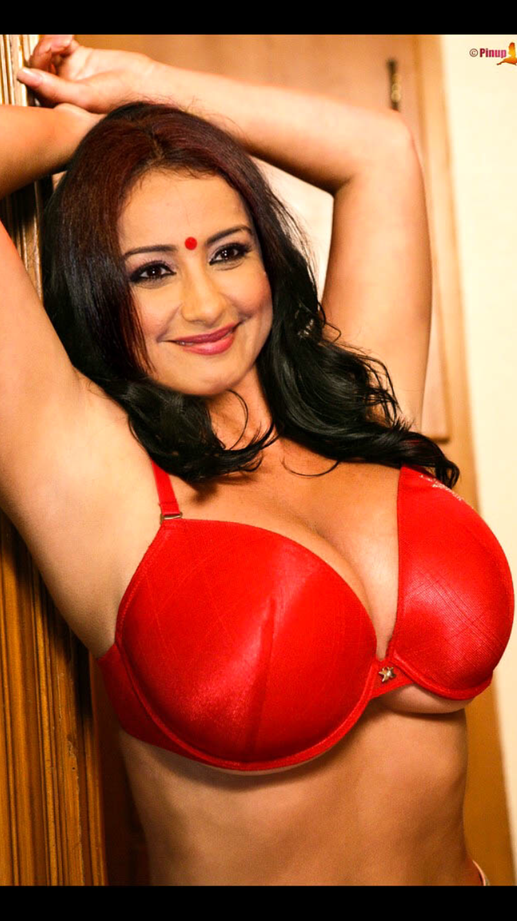 Delirium, divya dutta hot boobs nice message