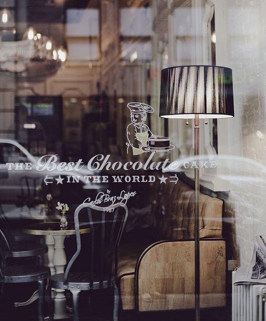 """Café """"The best chocolate cake"""", Soho"""