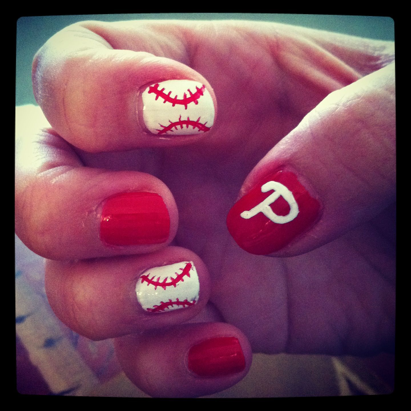 Phillies Game Day Nails ... GO PHILLIES!!! | lovee must do <3 ...