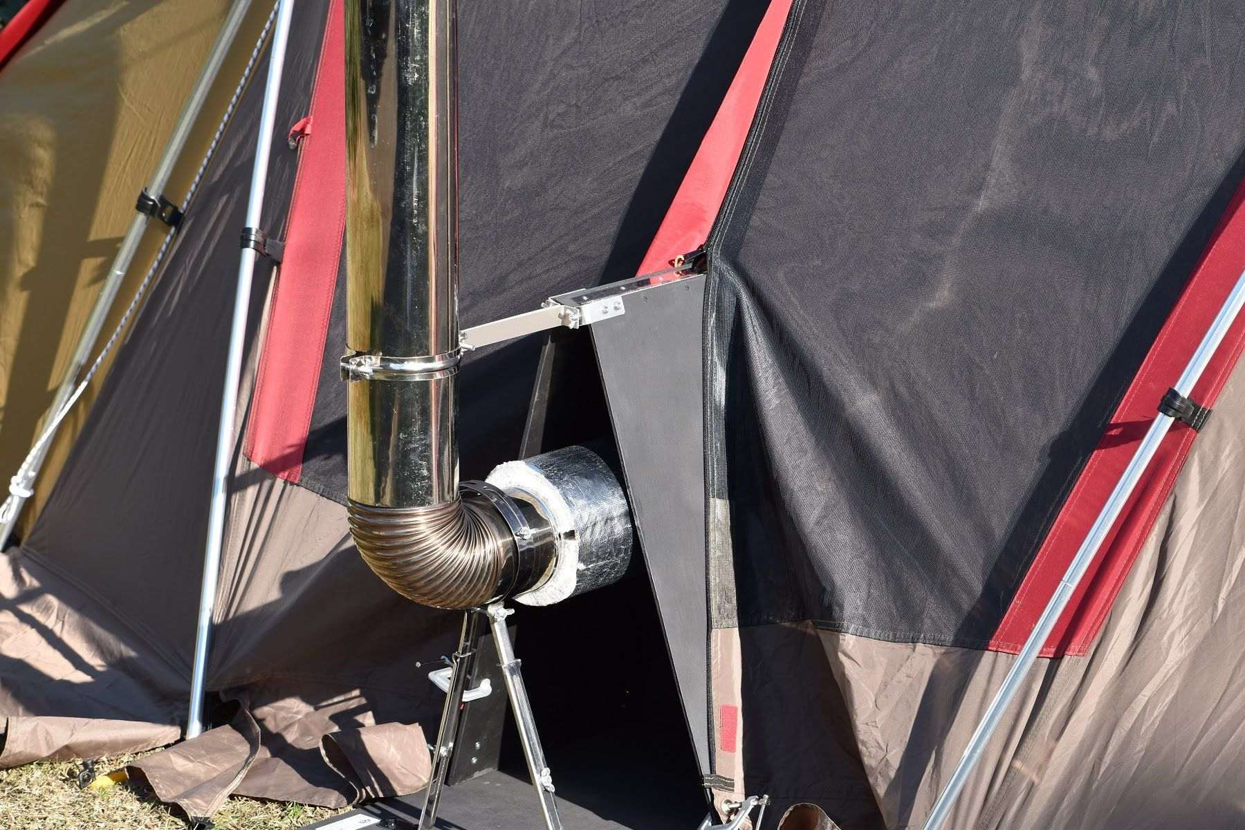 キャンプで薪ストーブ「STOVE DUCT COVER V5」 の組立と設置