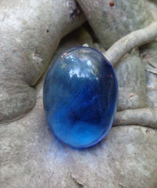Batu Mustika Cakra Biru Di Percaya Memiliki Khasiat Untuk Membuka Aura Cakra Pada Wajah Memancarkan Kekuatan Pemikat Daya Tarik Yang Sangat Hebat Di Batu Seni