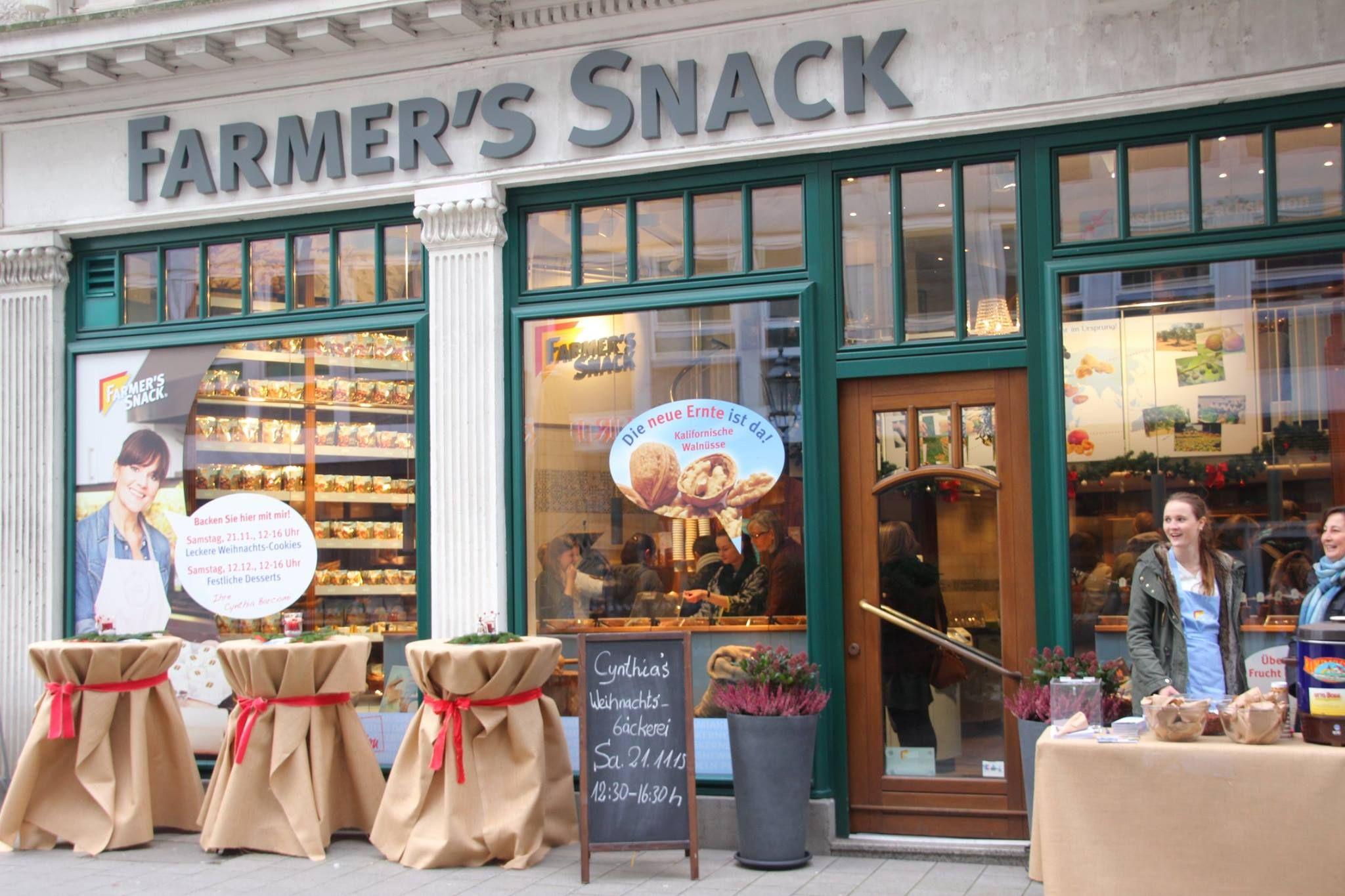 Zu Gast bei uns im #Hamburg #Shop war die beliebte TV-Bäckerin Cynthia Barcomi. Vom #Mandel #Feigen #Biscotti bis zur #Kokos #Kirsch #Torte - für jeden #Geschmack war das Richtige dabei!