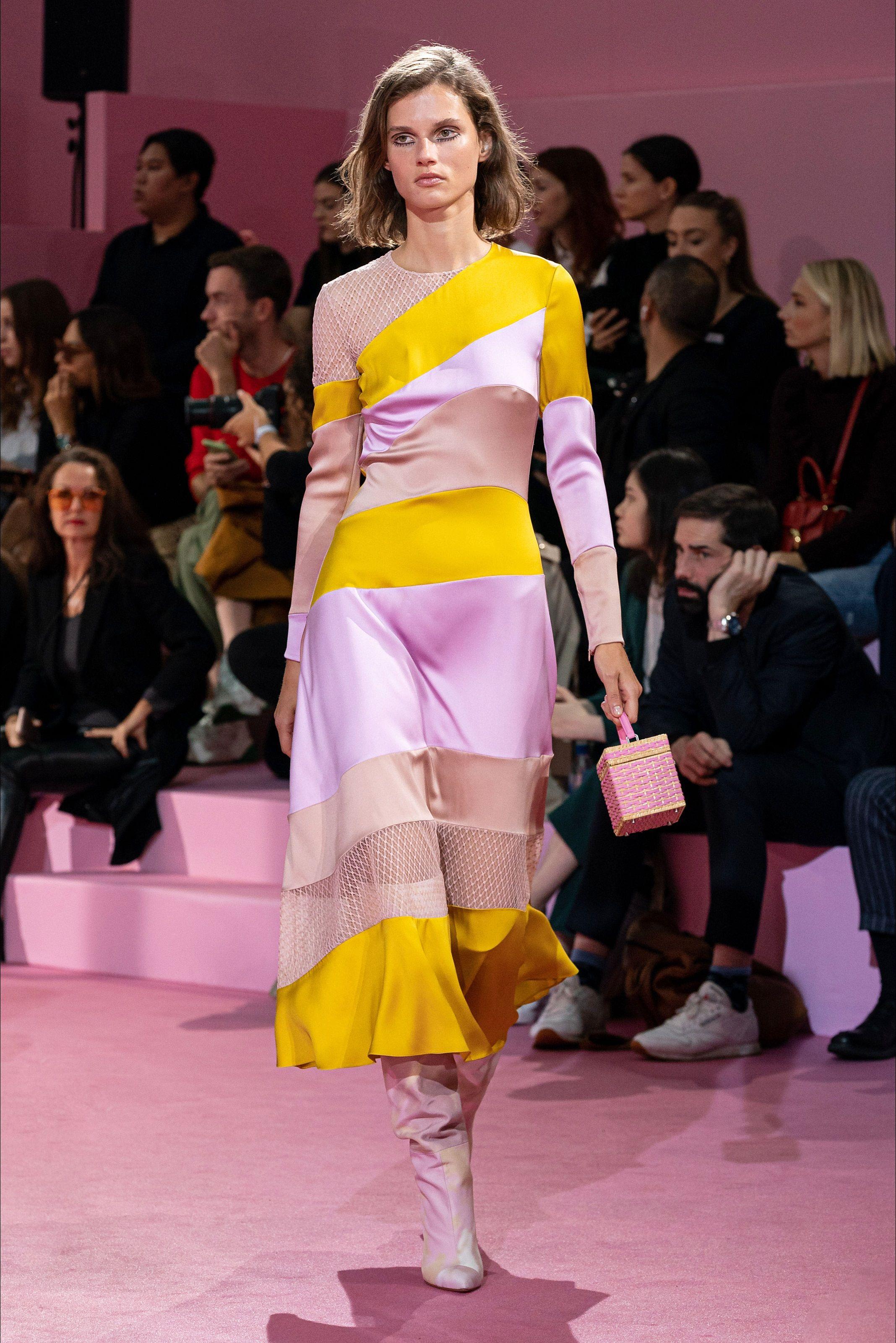 Sfilata Ralph & Russo Parigi – Alta Moda Autunno-Inverno 2020-21 – Vogue